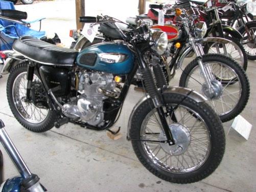 B-Class-B1-1968-Triumph-Tiger-Competition-T100C-Chris-Heck